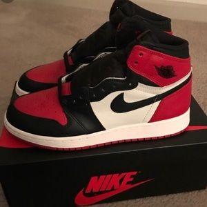Air Jordan 1 bred toe
